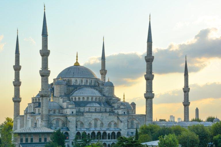 Как иммигрировать в Турцию