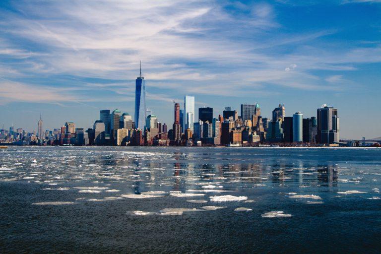 city-skyline-new-york-skyscrapers-37646