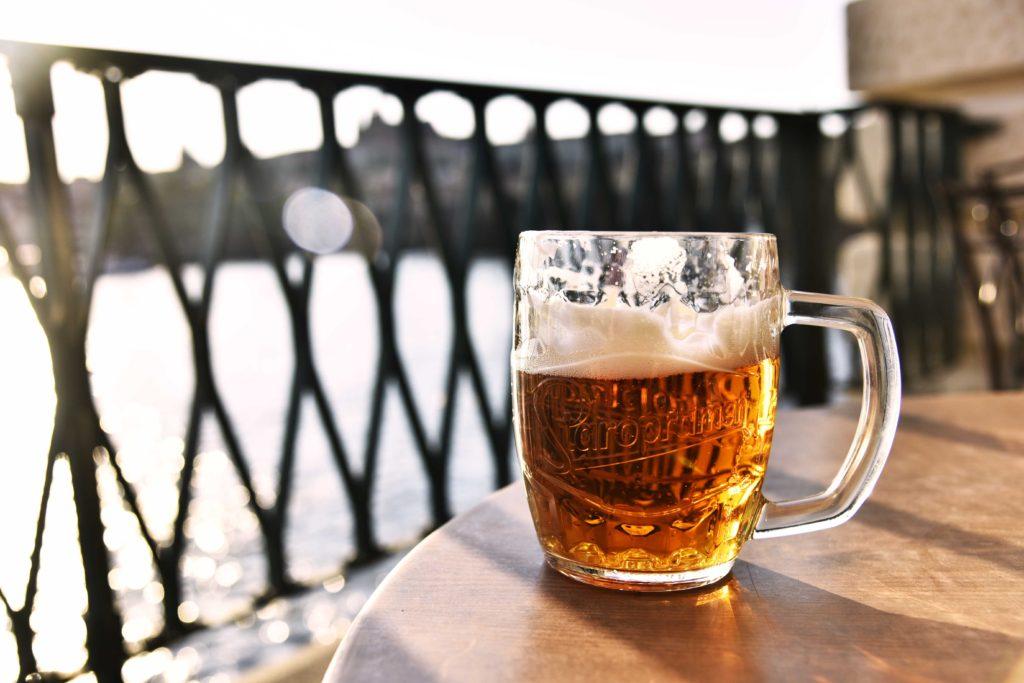 clear-glass-beer-mug-2707972