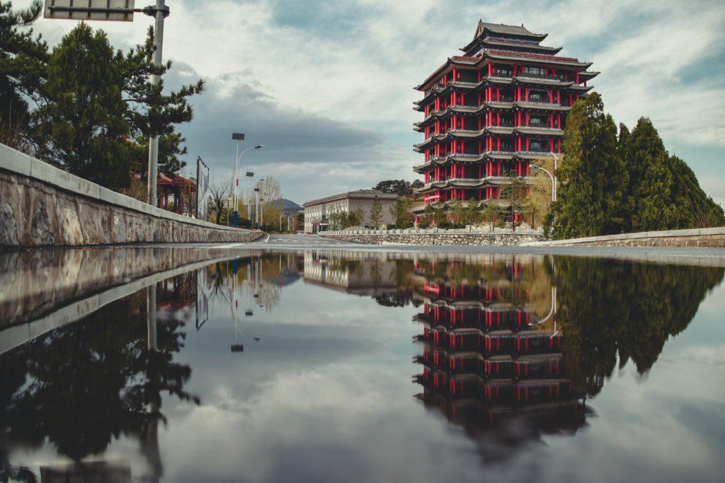 gray-and-brown-pagoda-2870116
