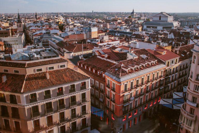 high-angle-photography-of-city-1500599