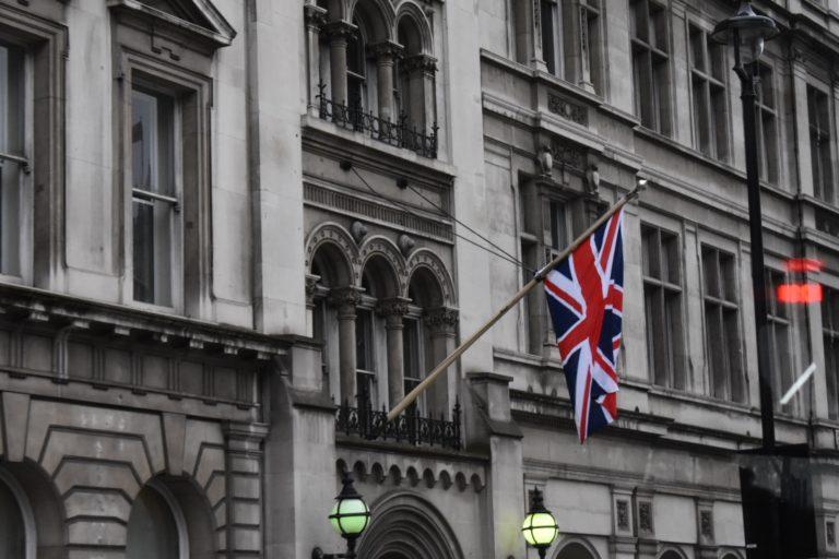 Как иммигрировать в Англию