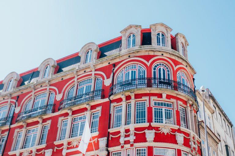Как иммигрировать в Португалию