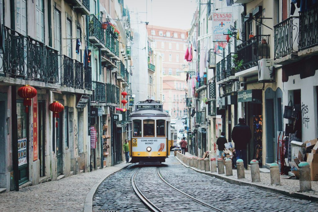 жизнь в Португалии